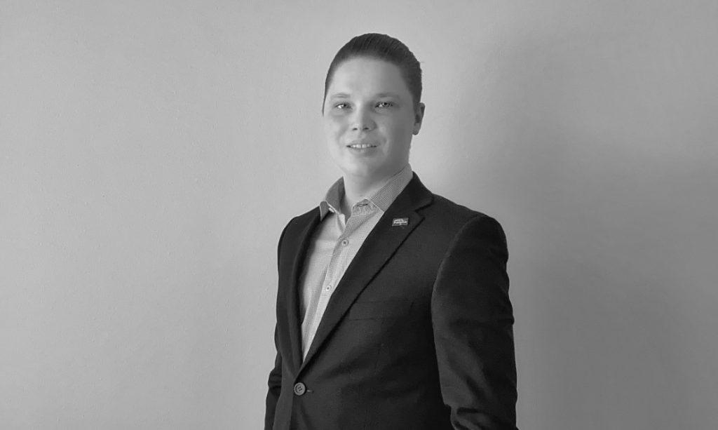 Asuntomyyjä Vantaa - Max Wörlin